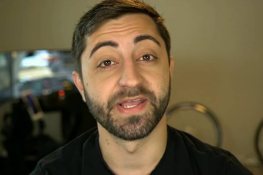 GiantWaffle Breaks Twitch Record For Most Hours Streamed In A Month